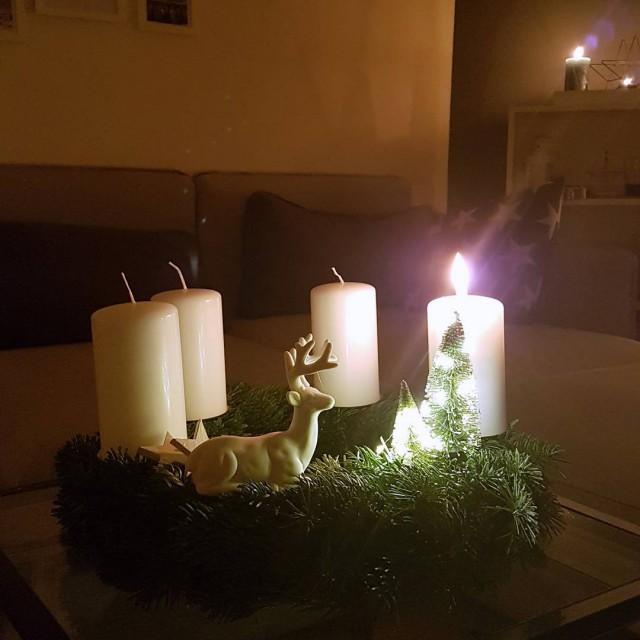 Einen schnen 1 Advent euch allen advent christmastime weihnachtsstimmung adventskranz
